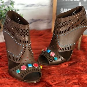 """Gucci Shoes - Gucci """"Lika"""" Laser Cut Nut Brown Ankle Heels"""